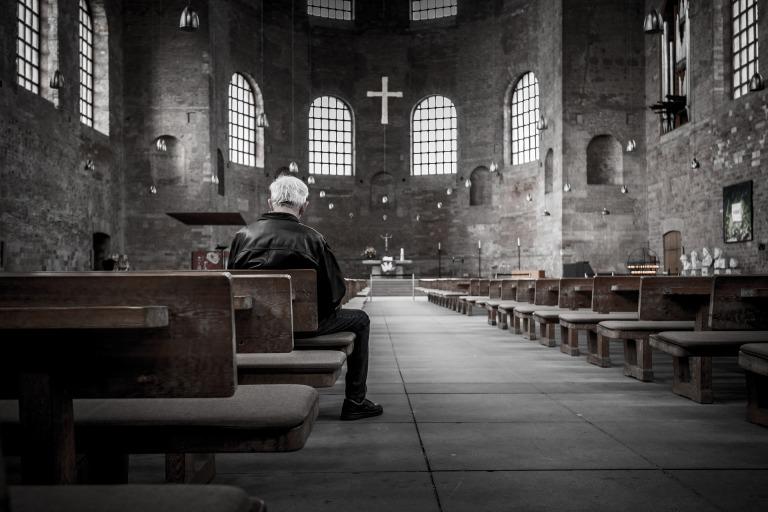 church-768613_1920.jpg